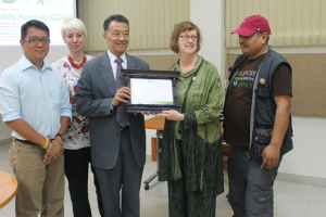 Grande City Clinic & Hospital Pvt. Ltd., a new GGHH member from Nepal, received its Certificate of Mmebership.