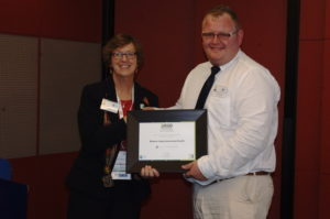 Stephan Reichert, Deputy Director of Engineering and Support Services, Western Cape Department of Health, receiving the 2020 Challenge Award. Source: grounWork.